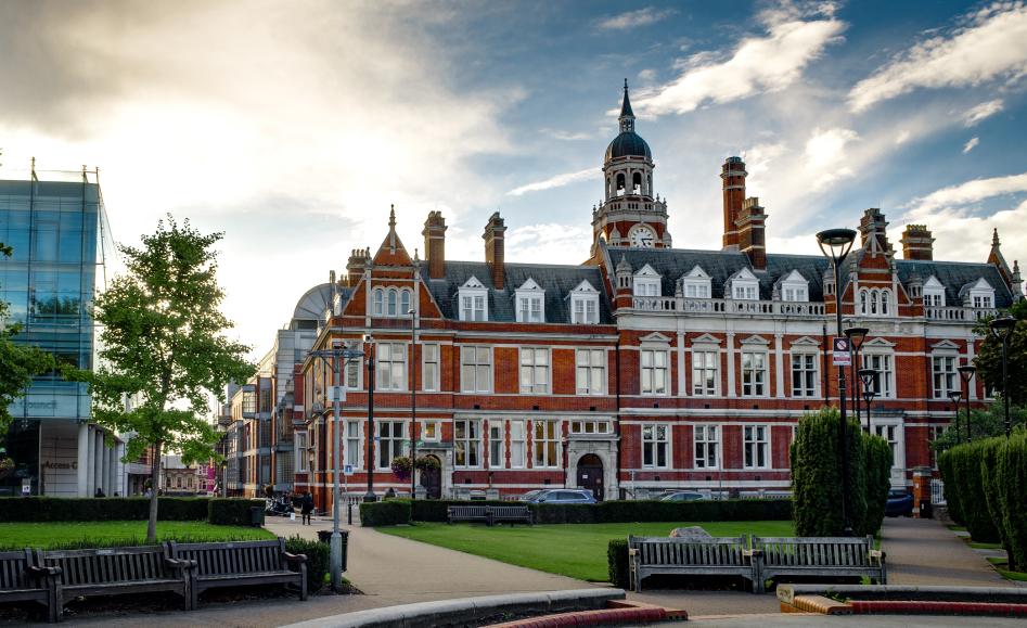 Le défi de la mairie de Croydon en Angleterre